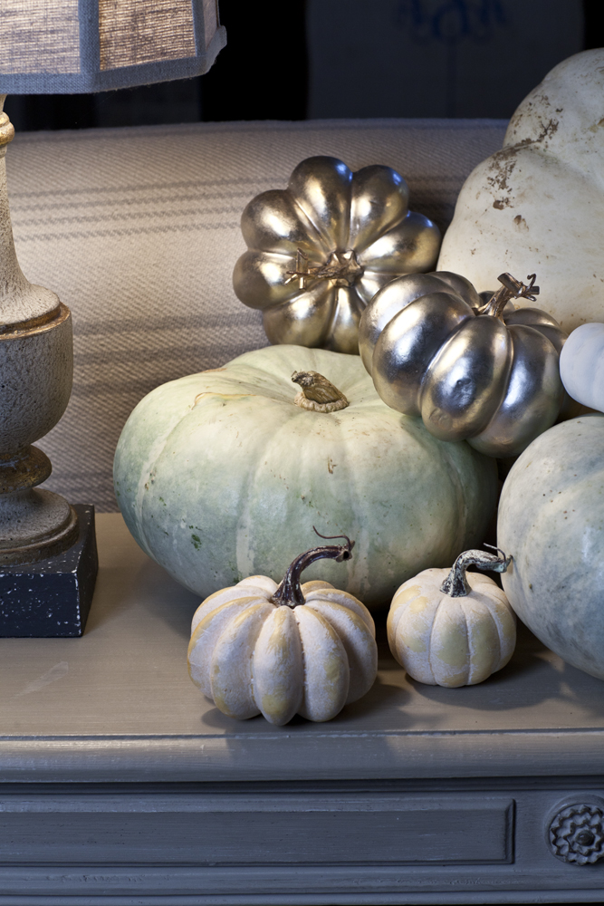 white-pumpkin-cedar-hill-farmhouse