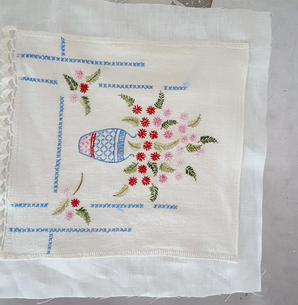 floral-vintage-pillow-5