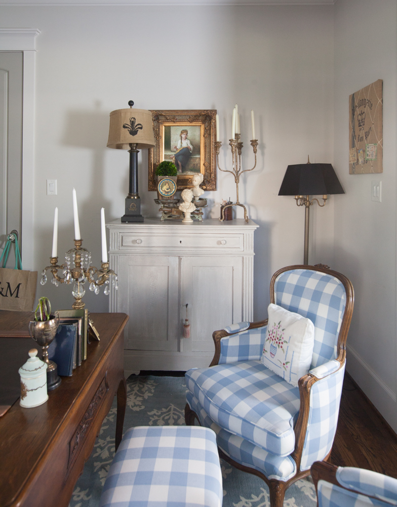 french-chairs-blue-rug-fill-farmhouse-5