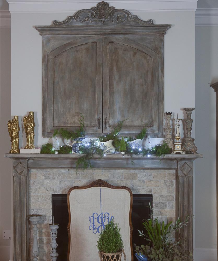 christmas-cedar-hill-farmhouse