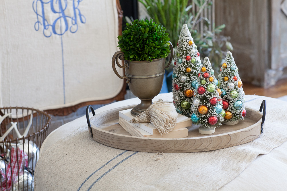 christmas-cedar-hill-farmhouse-7
