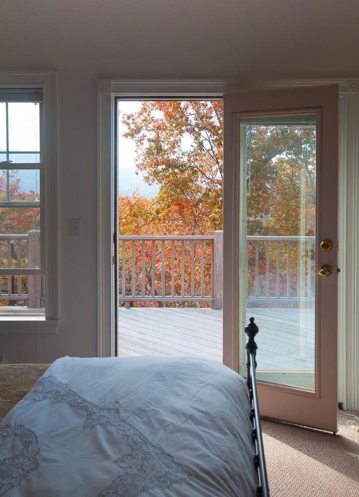 bedroom-cedar-hill-farmhouse-6