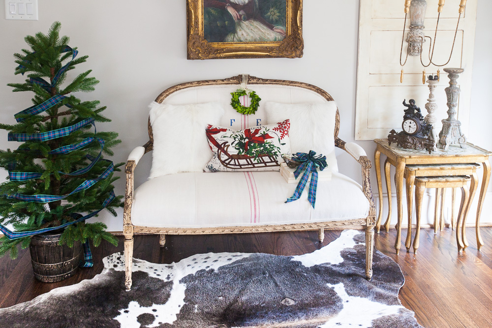 christmas-at-cedar-hill-farmhouse