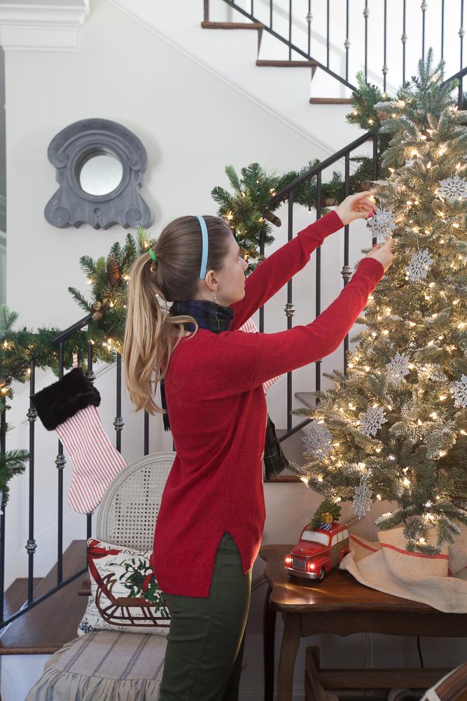 christmas-traditions-cedar-hill-farmhouse-4