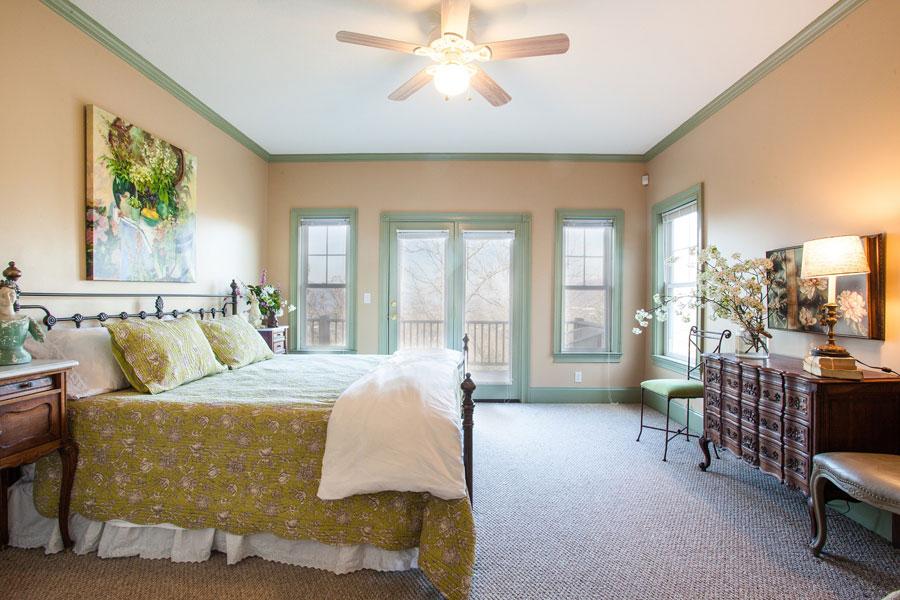 green-bedding-french