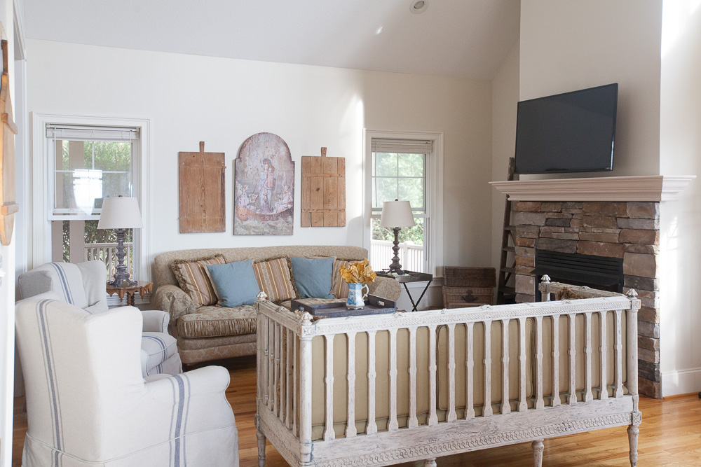painted-fireplace-cedar-hill-farmhouse