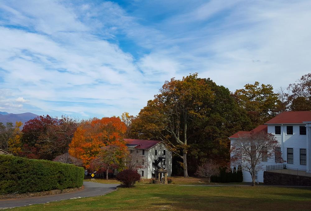 thanksgiving-cedar-hill-farmhouse-mountains-10