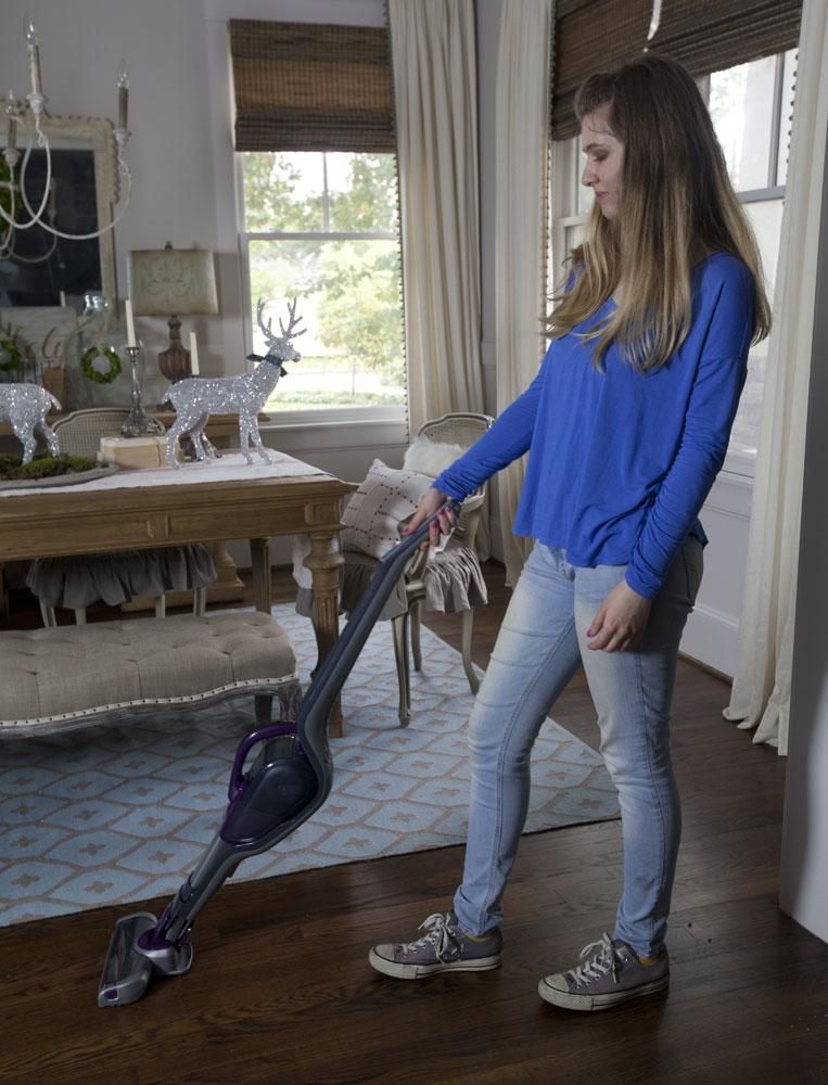 cedar-hill-farmhouse-black-and-decker-vacuum
