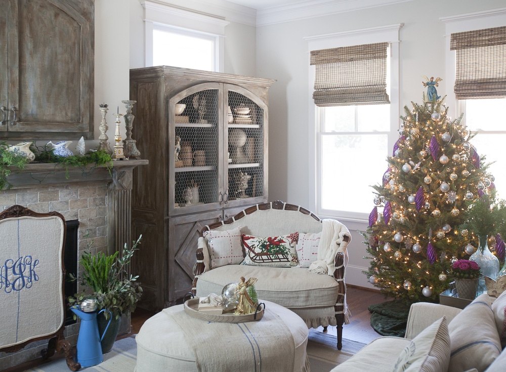 christmas-tree-cedar-hill-farmhouse-6
