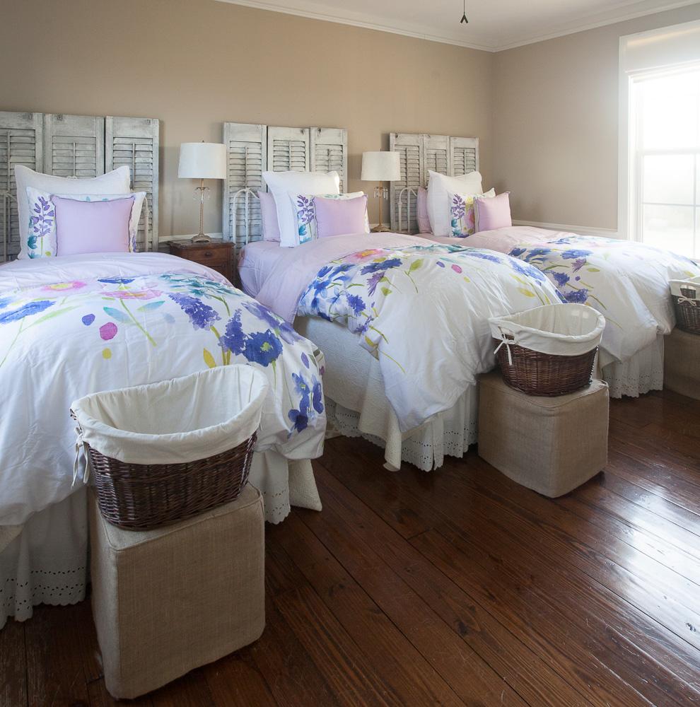 girls-beds-cedar-hill-farmhouse