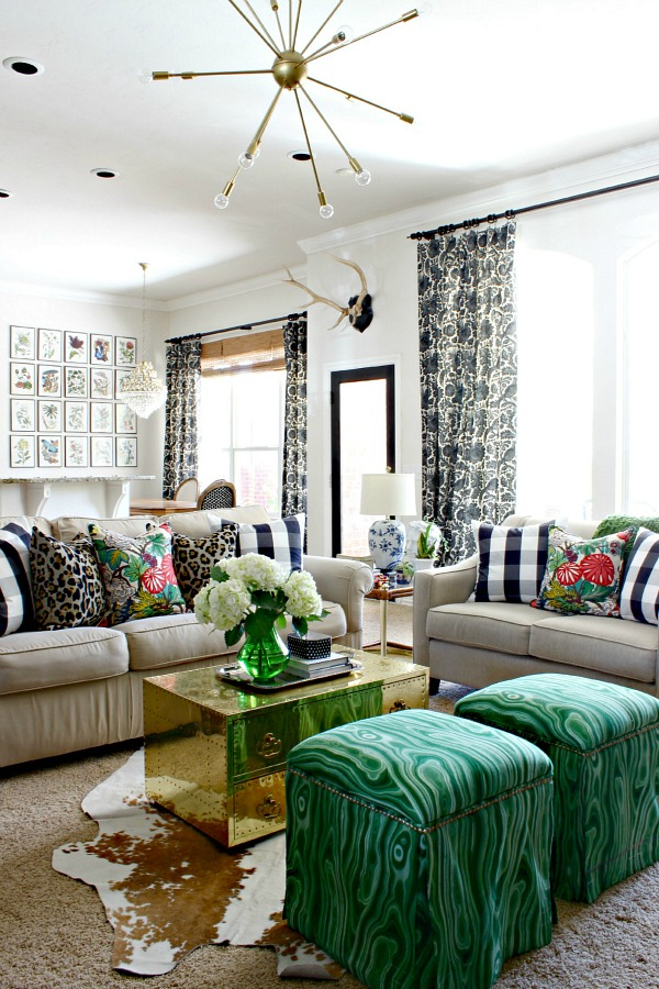 The Colors Are All Diffe But They Of A Similar Color Intensity Pattern Sizes Fl Pillows Repeat Tan Sofas