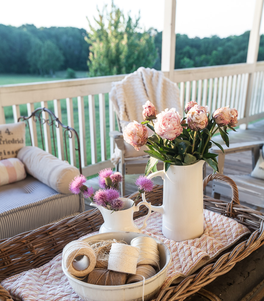 Country Front Porch Decorating Ideas: Country French Summer Porch Decorating