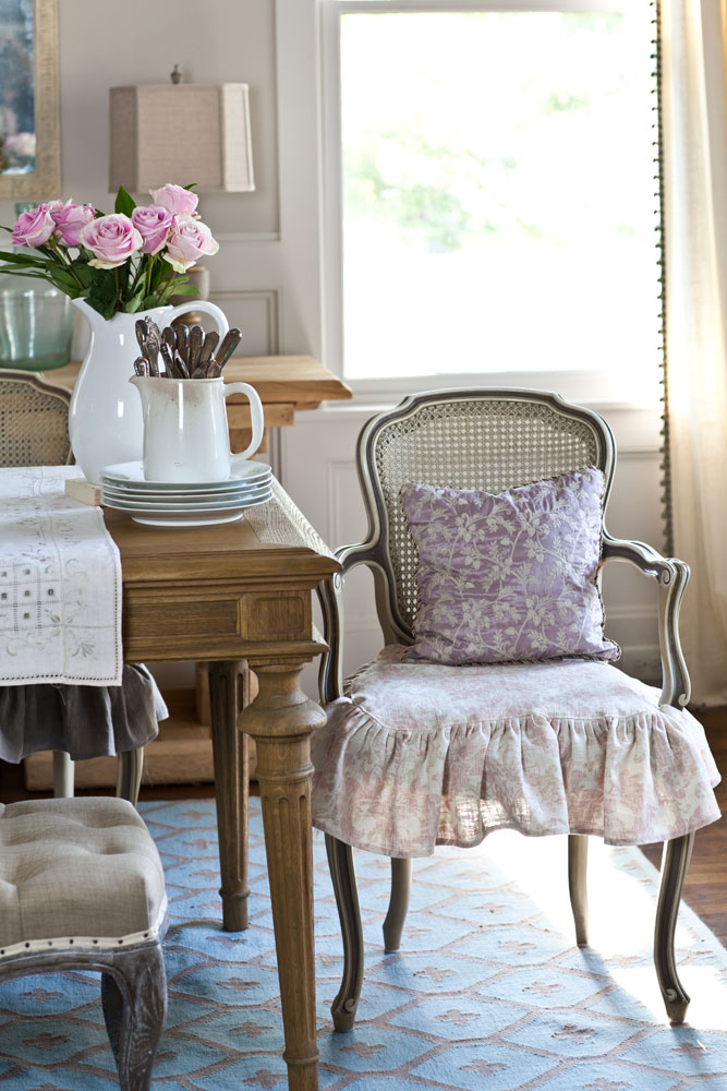 pink slipcovers French