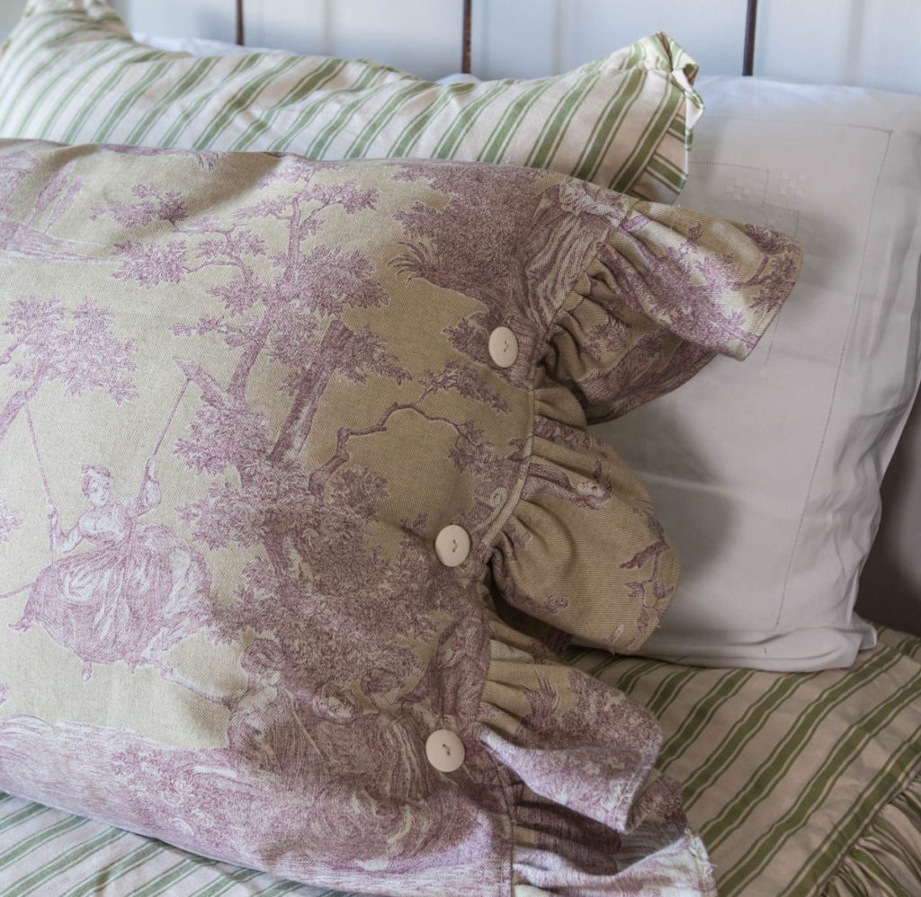 toile pillow in lavender