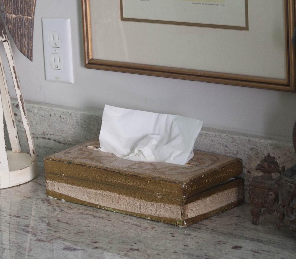 Decorating details florentine box