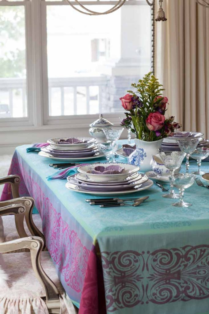 French tablecloths pink and turquoise