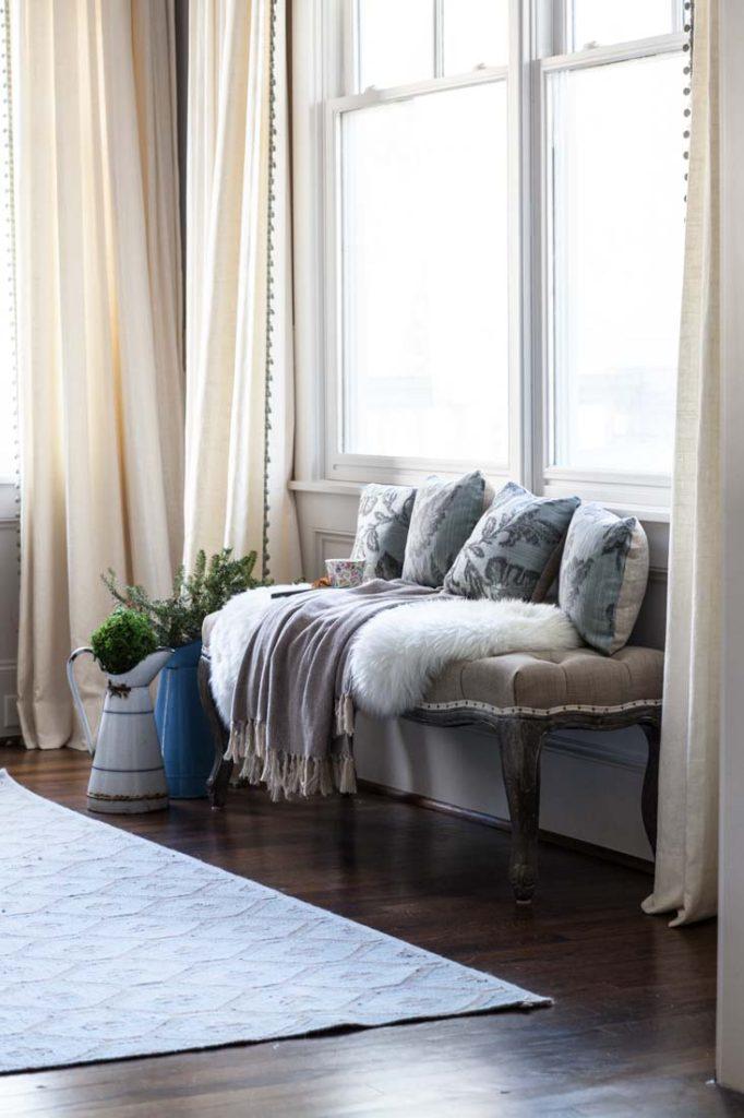 home d cor trends 2018 cedar hill farmhouse. Black Bedroom Furniture Sets. Home Design Ideas