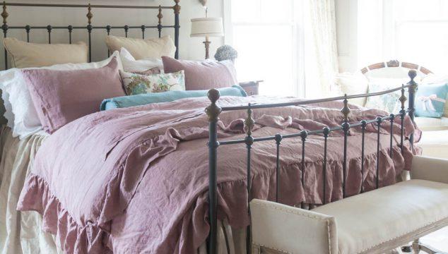 Rose Linen Ruffled Duvet