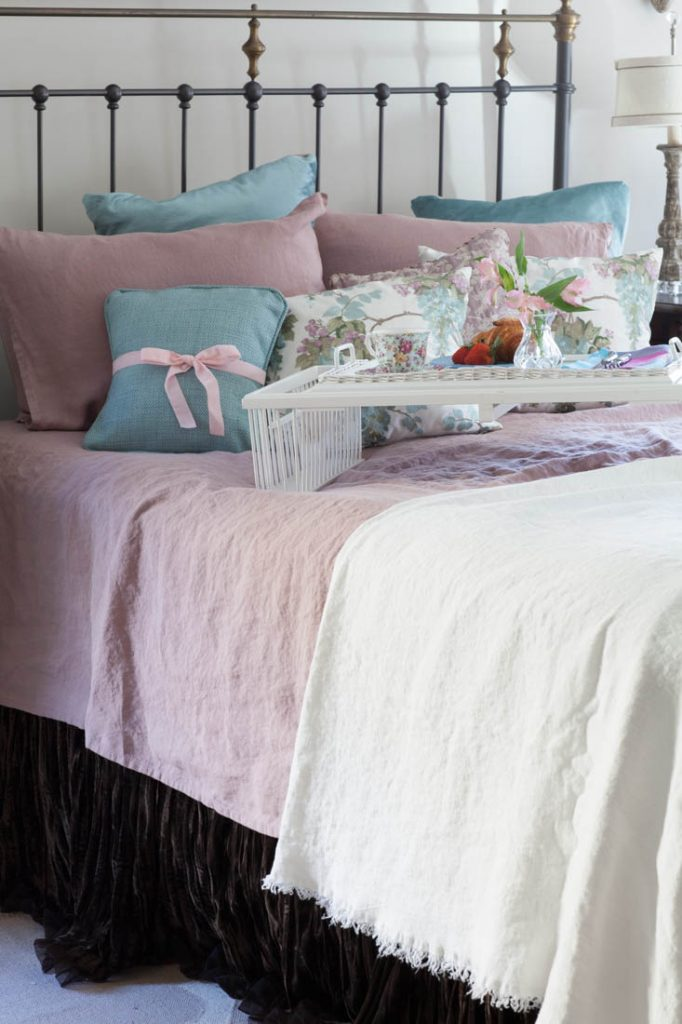 rose linen sheets and blanket