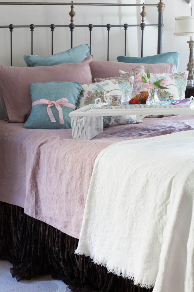 Cedar Ridge Bed And Breakfast