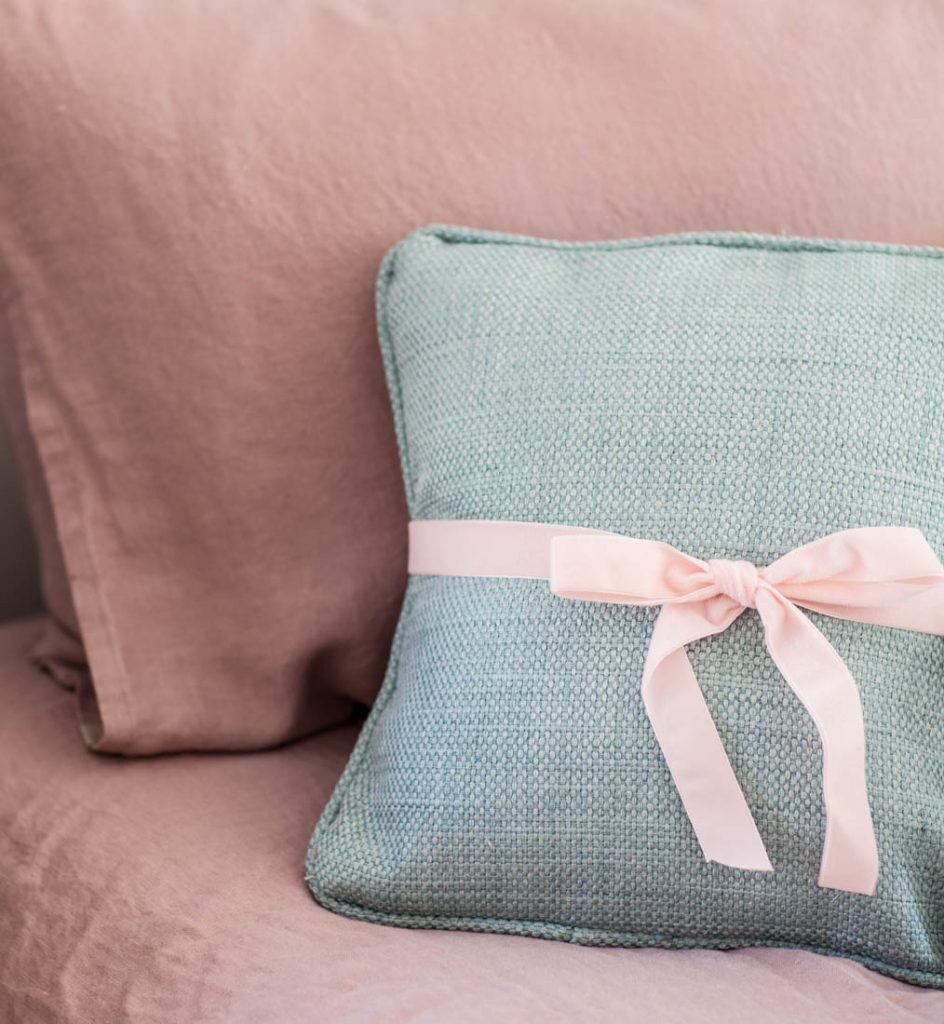 rose linen sheets and pillow