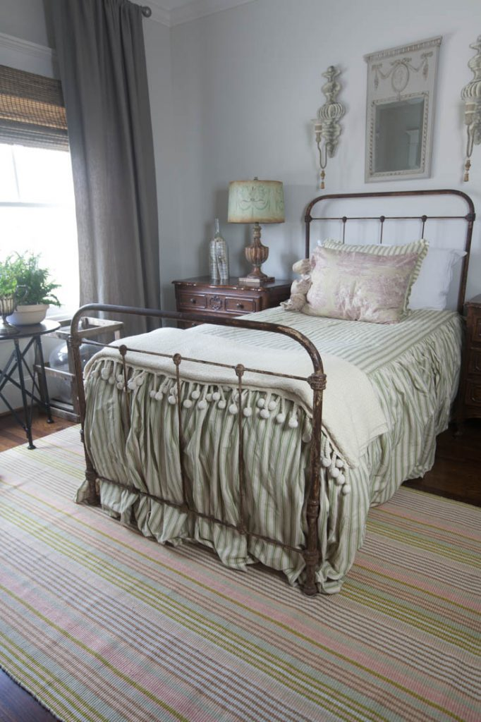 8 above bed décor ideas mirror and sconces