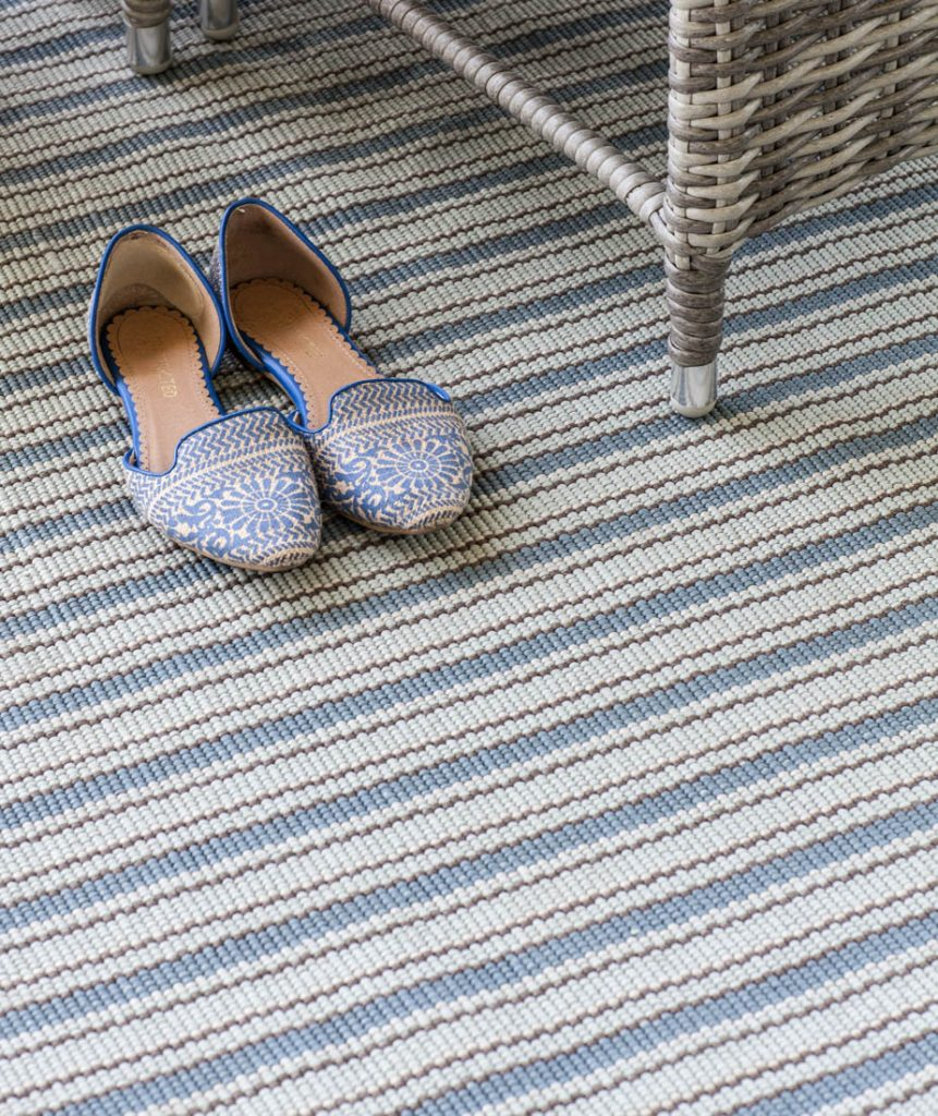 Porch refresh for summer rug